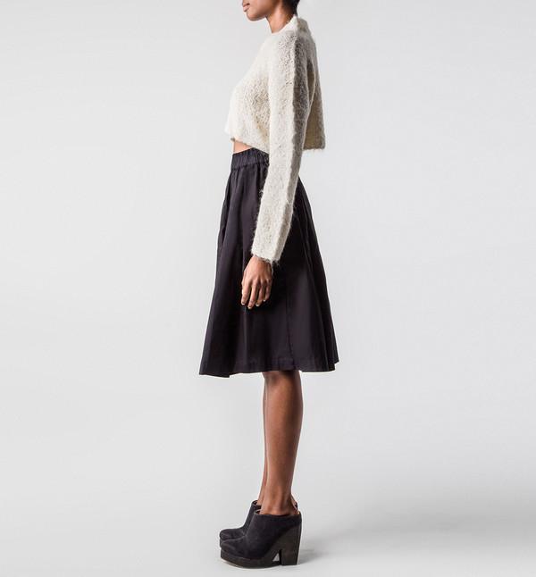 Kowtow On the Surface Skirt