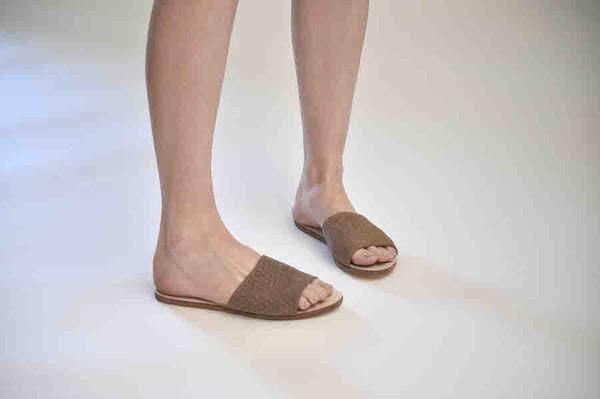 The Palatines Shoes Caelum Slide Sandal - Bark Hex Leather
