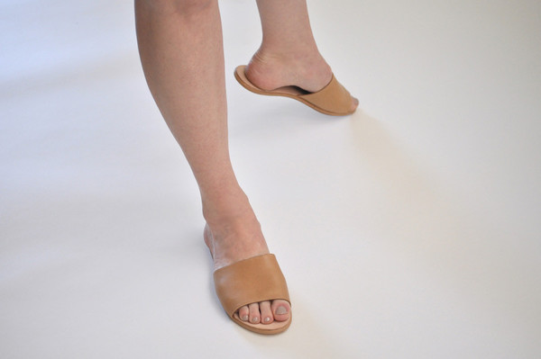 The Palatines Shoes Caelum Slide Sandal - Tan