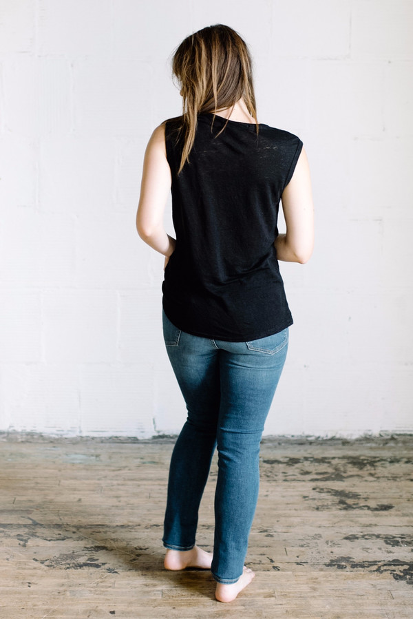 Groceries Apparel Linen Tank // Black