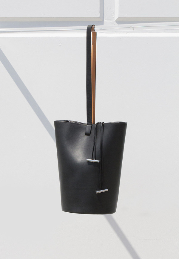 Building Block Smooth Black Basket Bag