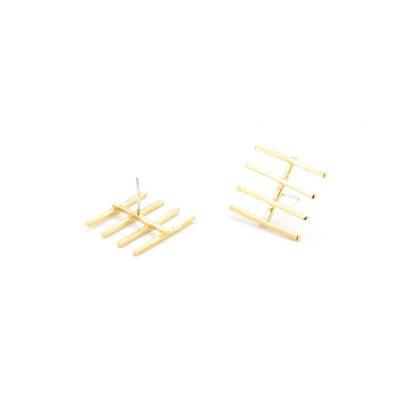 Alynne Lavigne Fence Earrings