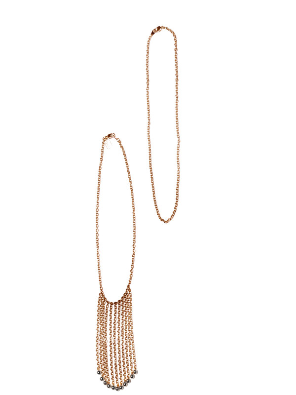 ALYNNE LAVIGNE - Tassel Wall Necklace