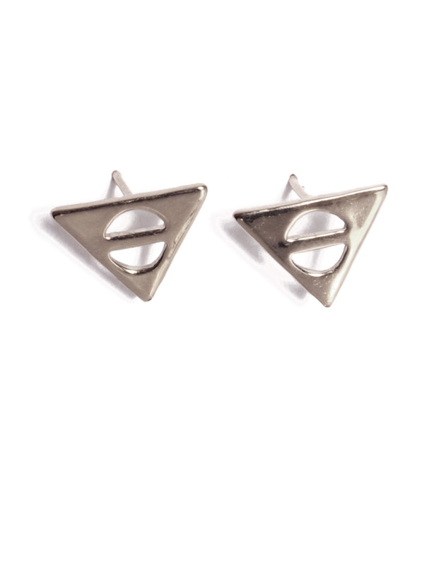 ALYNNE LAVIGNE - Triangle Bar Earrings