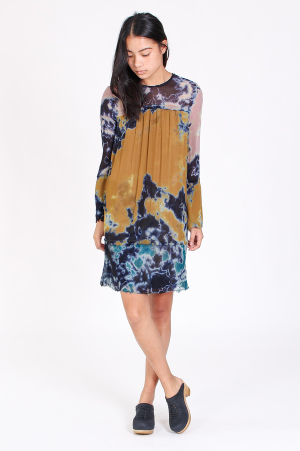 Raquel Allegra Bell sleeve vintage dress in multi