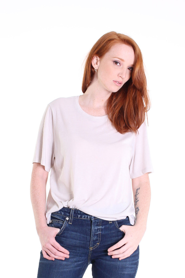 Raquel Allegra Boxy tee in dirty white