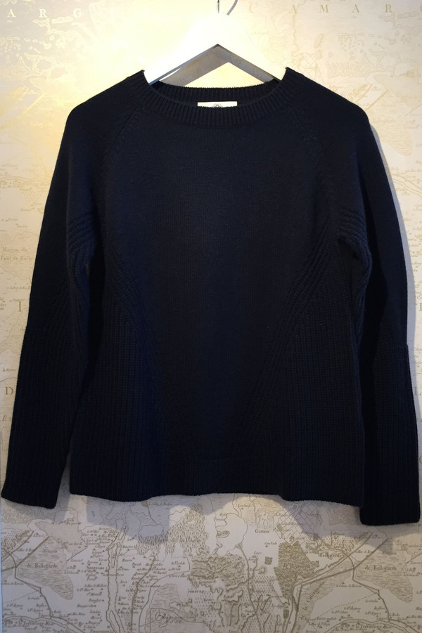 Allude A-line crew neck sweater
