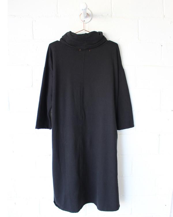 esby ELIZA TURTLENECK DRESS - BLACK