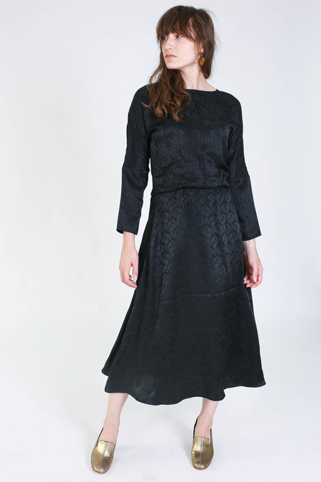 Svilu Ray Dress in Black