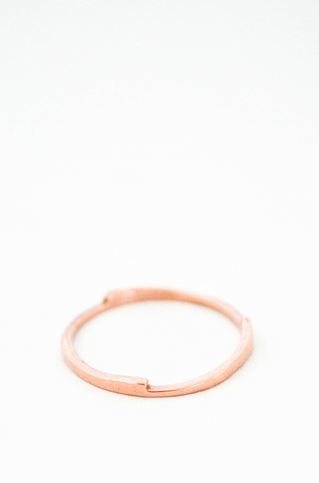T.Kahres 10kt Rose Gold Razor Stack Ring
