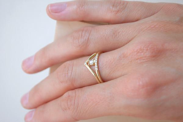 Mociun Stacked white diamond ring with pavé white diamonds