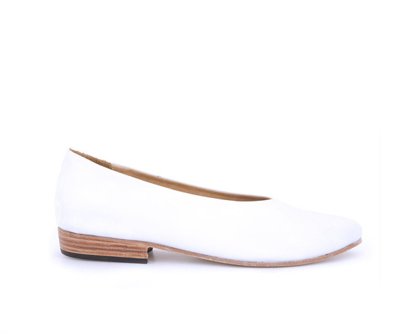 Zou Xou Glove Flat in White