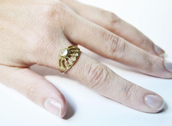 Stefanie Sheehan Window Ring with Moonstone