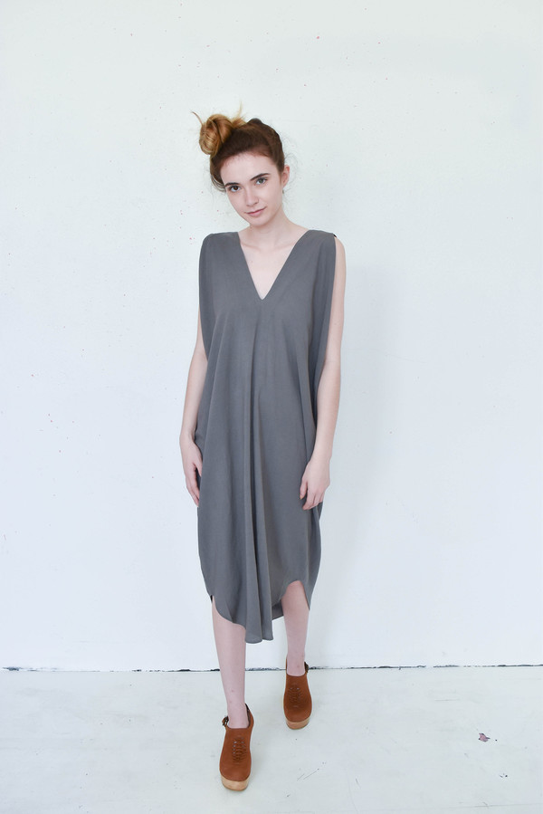 7115 By Szeki Signature Reversible Maxi In Grey