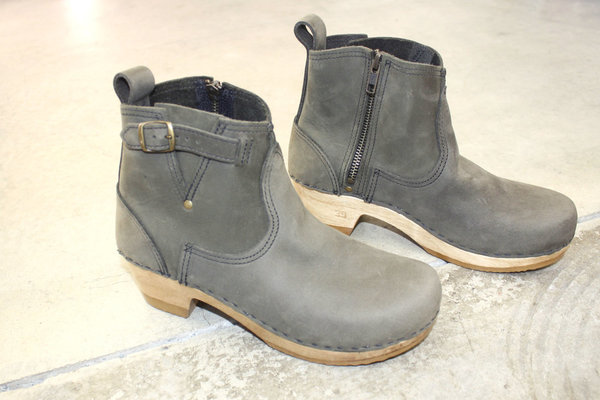 No.6 Buckle Boot