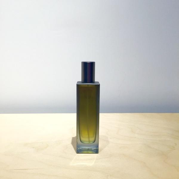 """Regime des Fleurs Perfume """"Dove Grey"""""""