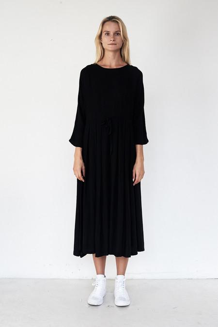Black Crane Rayon Pleated Dress