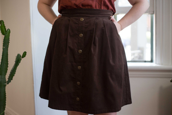 Birds of North America Toucanet Skirt (Brown)