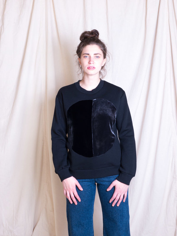 Correll Correll Black Duo Circle Sweatshirt