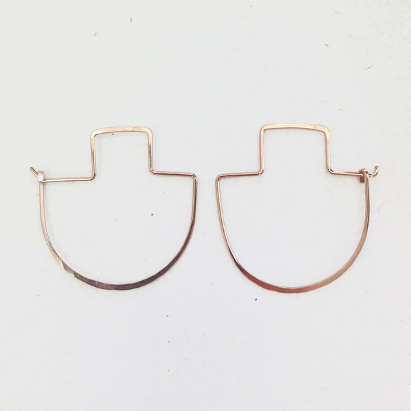 ERICA WEINER - FIBULA EARRINGS IN ROSE GOLD