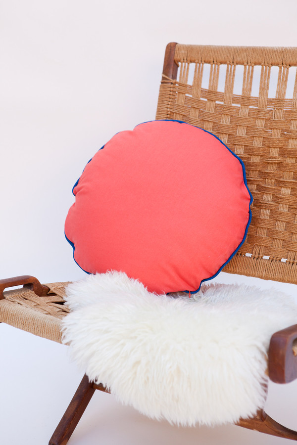 Lykke Wullf x Farron: Circle Linen Pillow