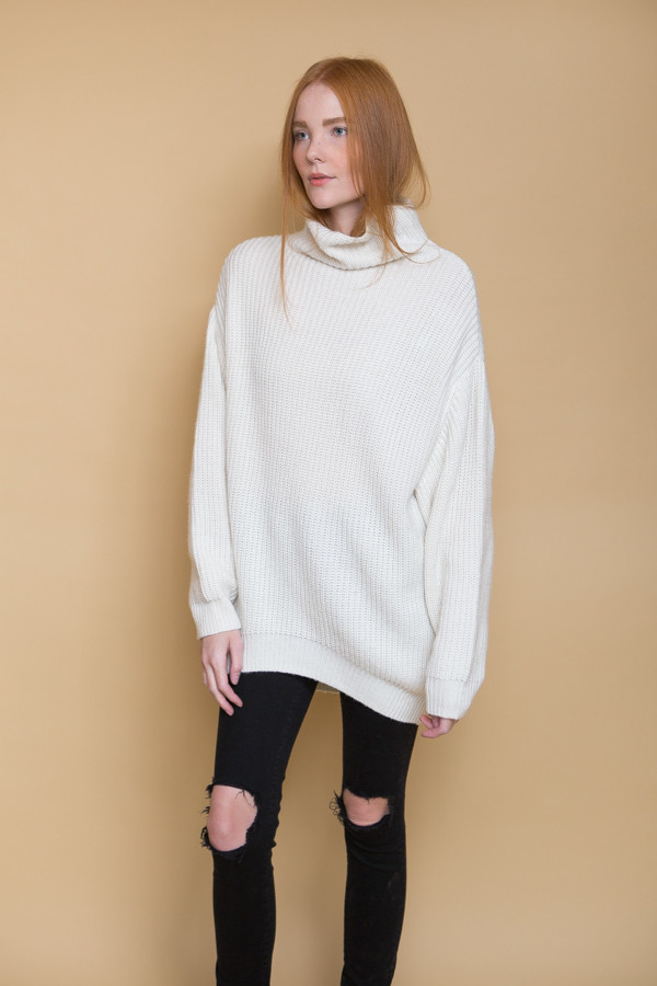 BLQ Basiq Knit Turtleneck Sweater / Ivory