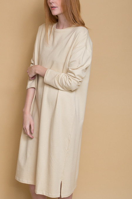 Revisited Matters T-Shirt Sweater Dress / Cream