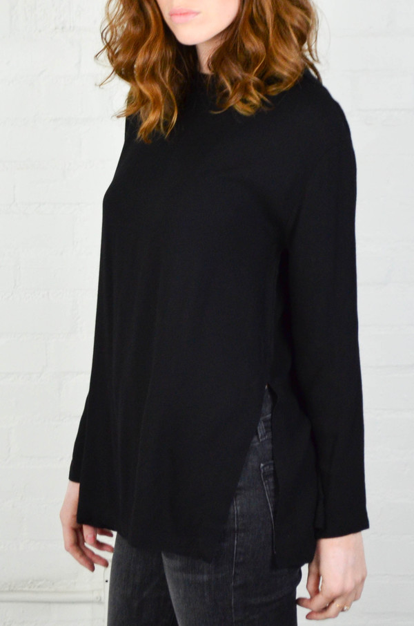 Black Crane Black Long Slit Top