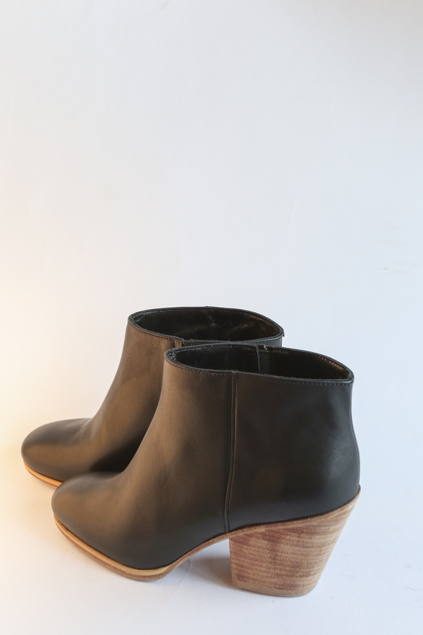 Rachel Comey Mars Classic Boot in Black/Natural
