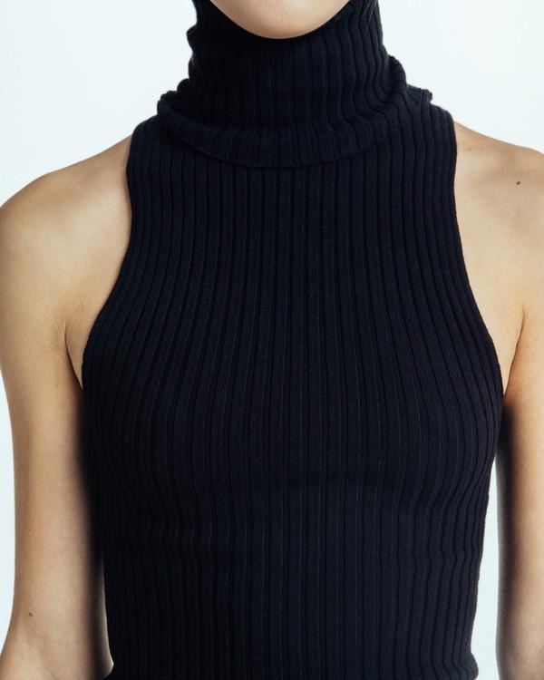 Giu Giu Nonna Sleeveless Turtleneck in Black