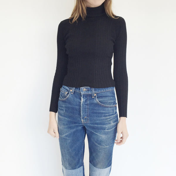 Johan Vintage Black Turtleneck Sweater