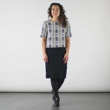Jennifer Glasgow Makulis Top in Navy Ikat
