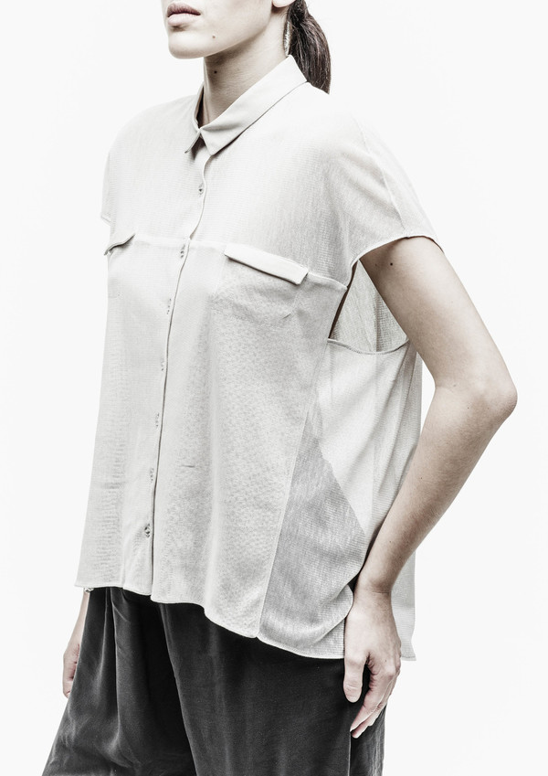 Berenik Shirt Collar Front Pockets Cotton Mesh - Light Gray