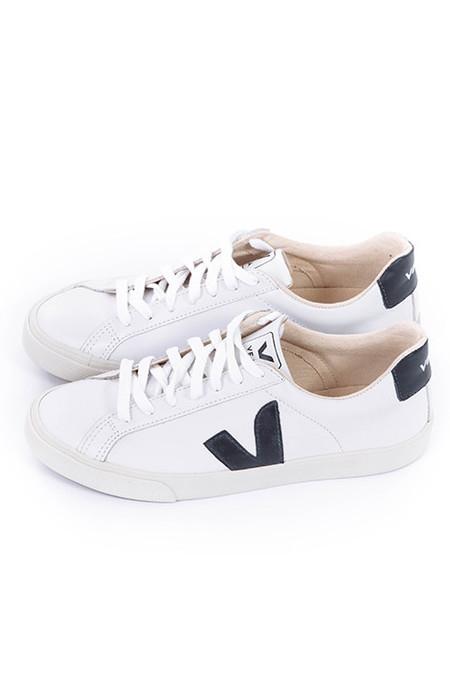 VEJA Esplar Sneakers in Extra White/Nautico Pierre