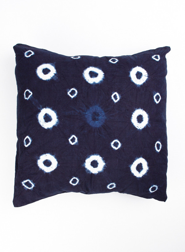 MAPLE Indigo Dyed Cushion Pattern B