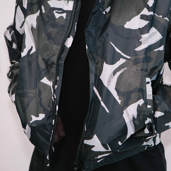 Haik W/ Wind Breaker Short Jacket, Black Camo