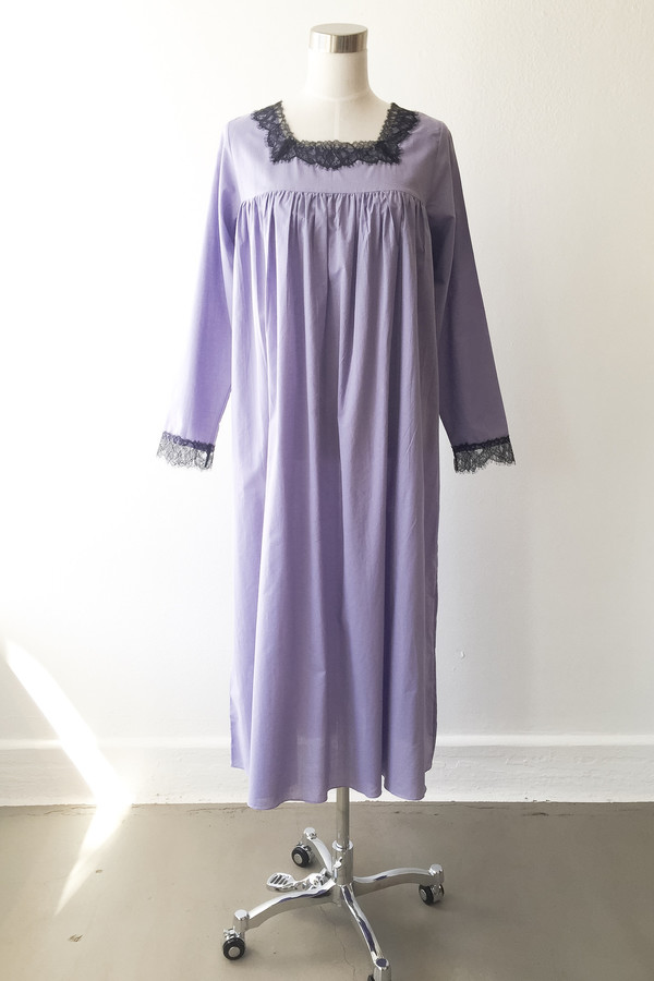 Salua Lingerie Dutchess Knee Length Gown