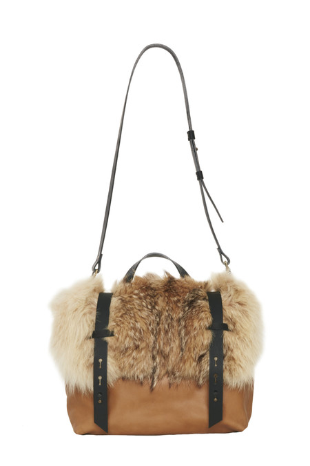 Lowell DEZERY FOURRURE DE COYOTE / RECYCLED COYOTE FUR