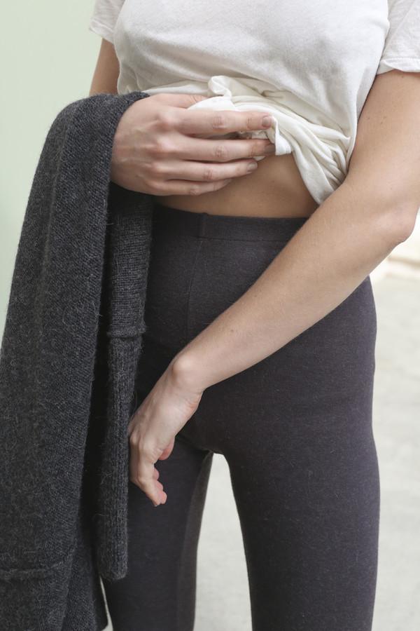 Lauren Manoogian Cashmere Rib Leggings in Dark Charcoal