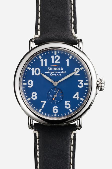 Shinola The Runwell 41mm in blue & black