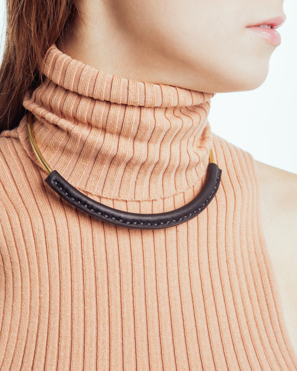Crescioni Kiva Necklace in Black