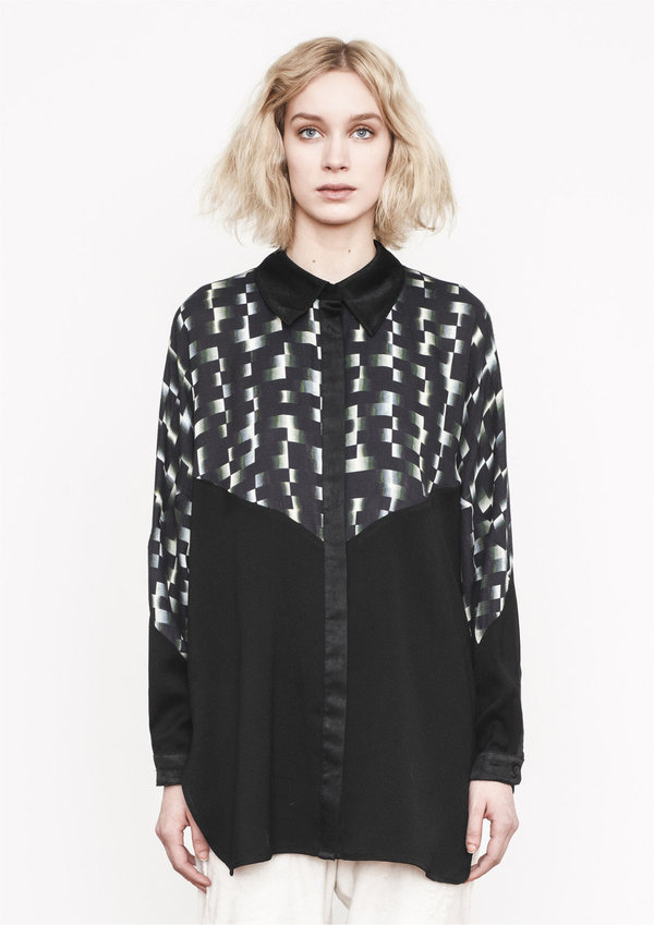 Berenik BLOUSE WIDE SLEEVES BLACK SHINY