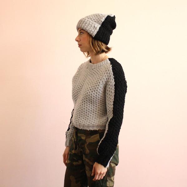 R/H Gaga sweater