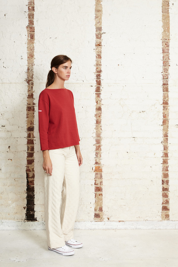 OffSeasonNYC Basalt Pull Over Red