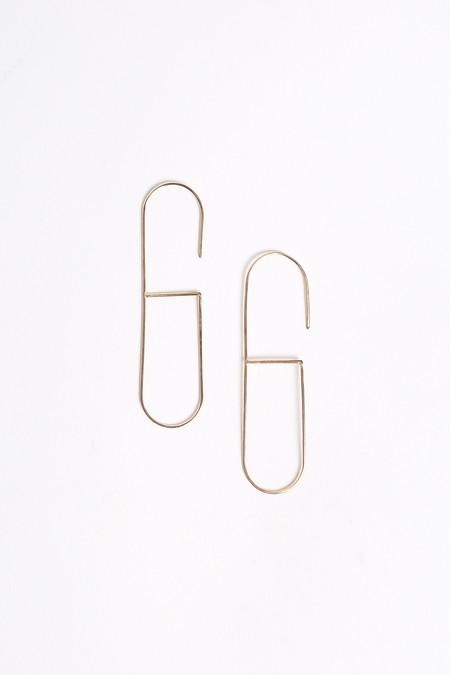 S Tector Metals Narrow oval hoop with cross bar in gold