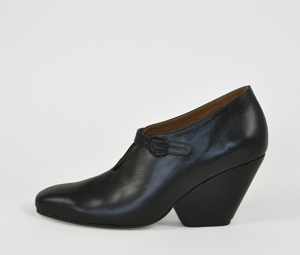 The Palatines Shoes inesco mary jane w sculpted heel -  black