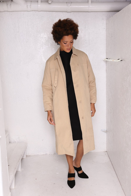 Intentionally Blank HIDE-AND-SEEK lined long coat in Tan Canvas