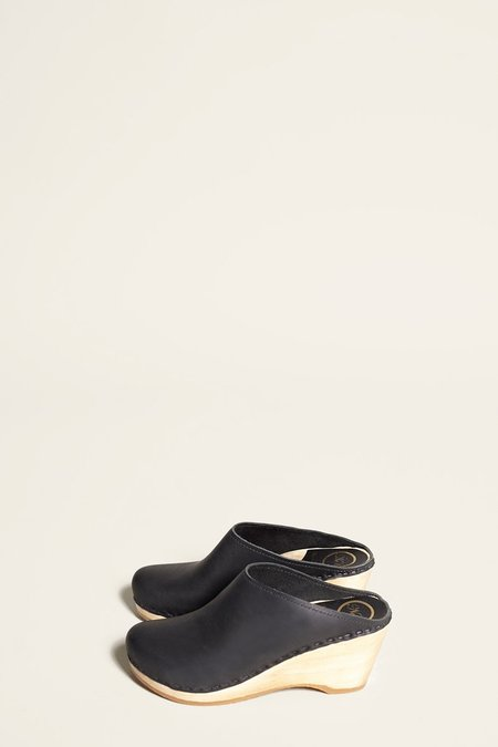 No.6 New School Clog in Black