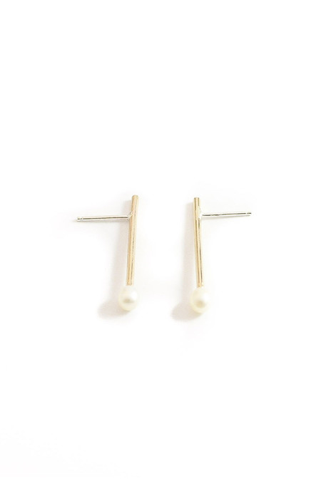 Wolf Circus Audrey Pearl Studs - Gold