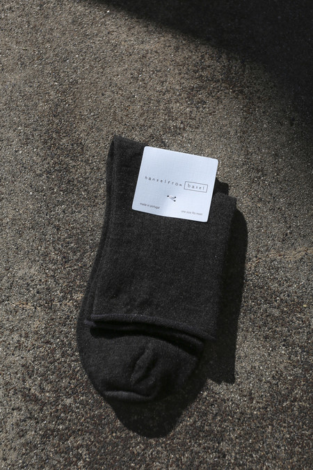 Hansel From Basel Superfine Cashmere Roll Top Short Crew Sock in Charcoal